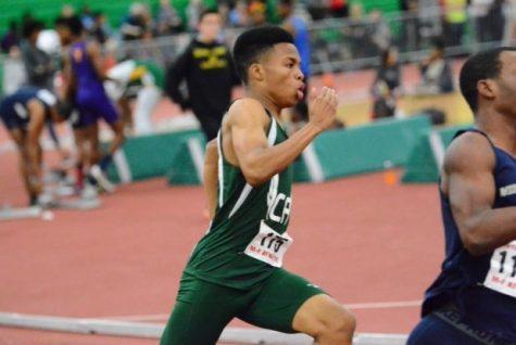 Vinson Logan Breaks The 300m School Record