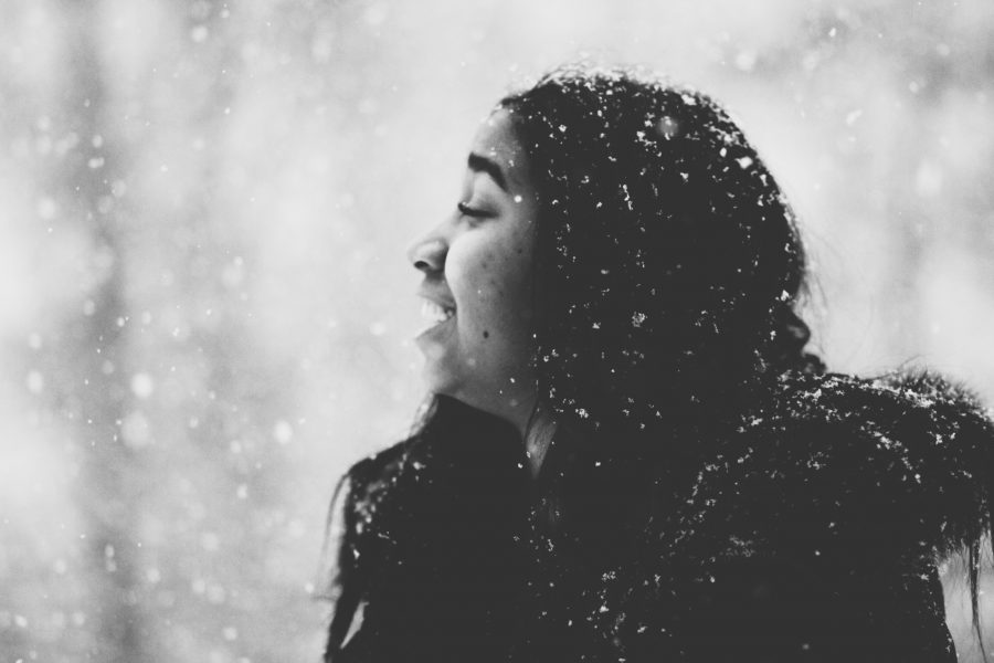 Amaya Montgomery ('19) poses in the snow for Shinskie