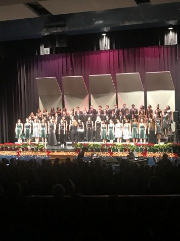 Chorus Christmas Concert Welcomes Alumni And Staff To The Stage