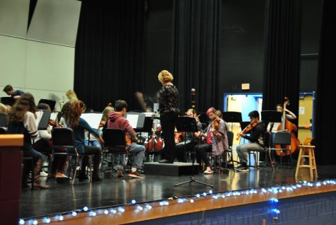 Orchestra Classes Prepare For The Winter Concert